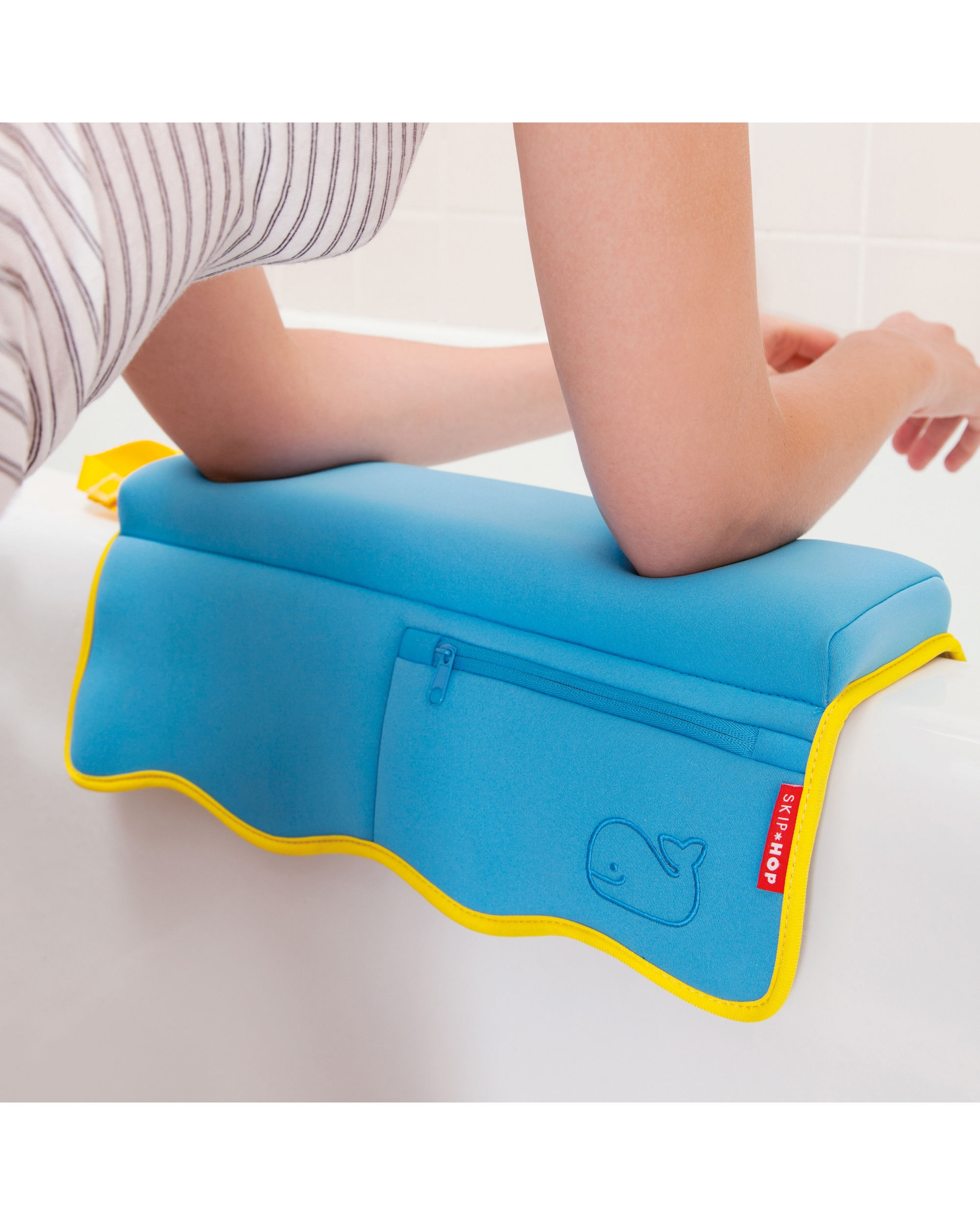 Skip Hop Bathtub Elbow Rest